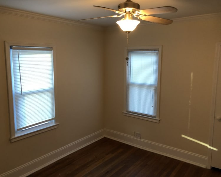 Come see this nicely updated 2 bedroom 1 bath house in Waldo!