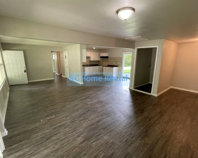 Come see this 3 bedroom 1 bath home located in Kansas City, MO!